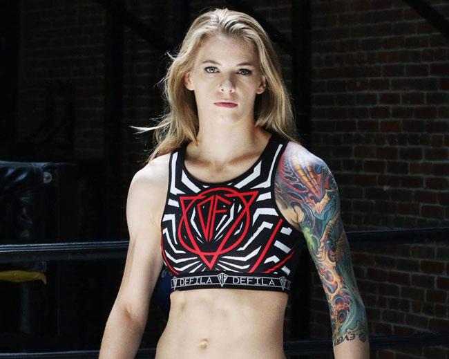 """4 kiều nữ UFC lộ """"ảnh nóng"""": Họa lớn từ vật bất ly thân - 4"""
