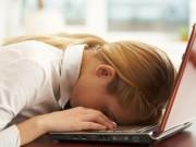 Tại sao nhiều người lúc nào cũng uể oải, mệt mỏi dù ngủ đủ giấc?
