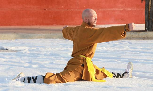 """Từ Hiểu Đông sỉ nhục võ Trung Quốc: Thiếu Lâm Tự, Võ Đang """"báo thù"""" - 2"""