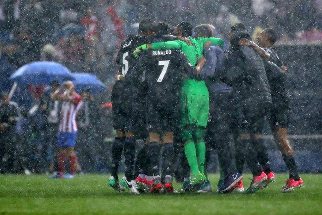 Lượt về bán kết cúp C1: Real thua, kỷ lục vẫn đến ào ạt - 4