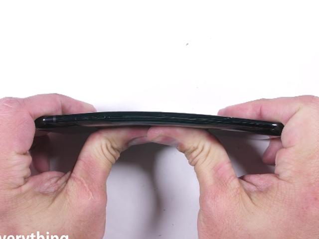"""Xiaomi sắp công bố Mi Max 2 với màn hình lớn, pin """"khủng"""" - 8"""