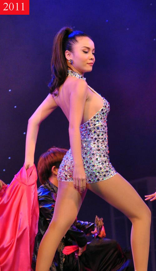 """Yến Trang tung ảnh bikini khoe đường cong """"nóng rát mắt"""" - 7"""
