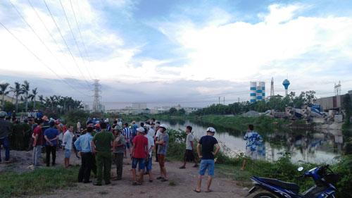 Phát hiện thi thể không mặc quần áo trên kênh ở Sài Gòn