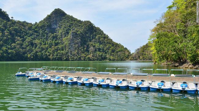 """""""Xõa tới bến"""" tại thiên đường biển đẹp nhất Malaysia - 3"""