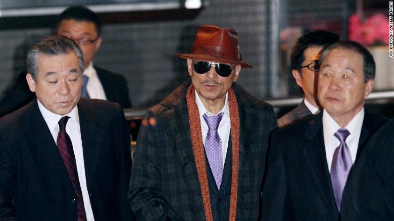"""Cuộc đời """"lập dị"""" của trùm mafia Nhật Bản: Ngày giết người, đêm làm thơ 1"""