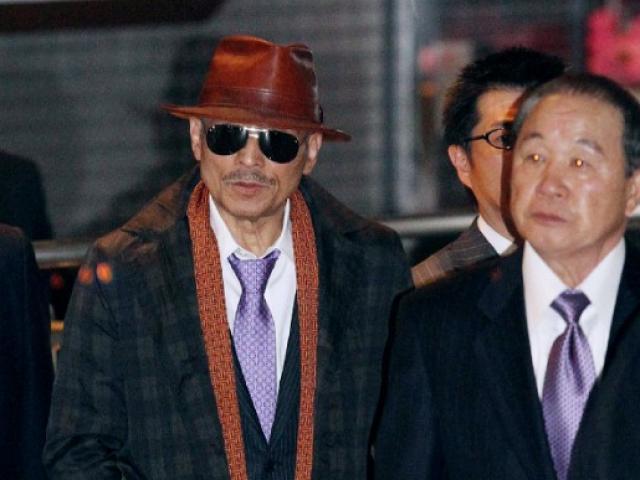 """Cuộc đời """"lập dị"""" của trùm mafia Nhật Bản: Ngày giết người, đêm làm thơ"""