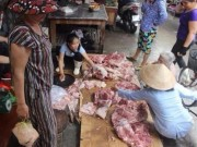Tin tức trong ngày - Không dẹp phản thịt của chị bán thịt heo bị đổ luyn