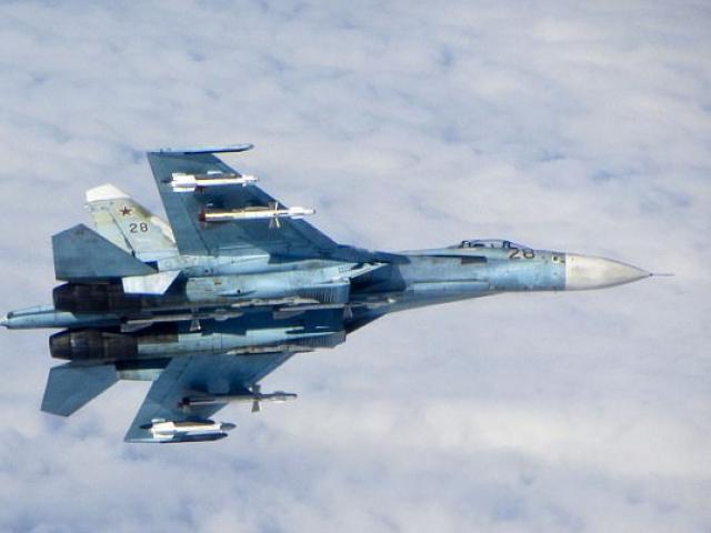 Chiến đấu cơ Nga bay cách máy bay Mỹ 6 mét