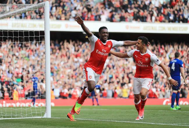 """Stoke City - Arsenal: """"Đè đầu"""" MU, đe dọa Liverpool - 1"""