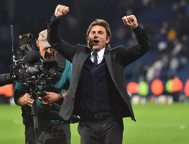 MU-Mourinho sắp ăn 3, bùng nổ hơn Chelsea-Conte vô địch 1