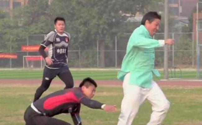 Võ Trung Quốc bị lộ trò bẩn: Người hùng MMA Từ Hiểu Đông - 3