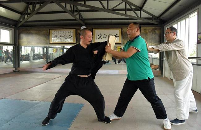 """Bị MMA sỉ nhục: """"Hậu duệ Quan Vân Trường"""" đòi đấu Từ Hiểu Đông - 2"""