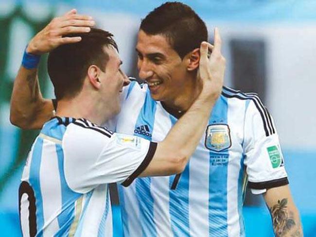 """Quyền lực Messi, Ronaldo: Xây vây cánh với """"người nhà"""" - 1"""
