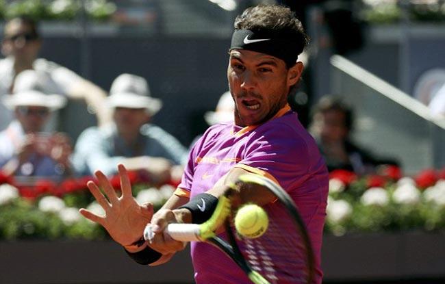 """Nadal """"đấm gió"""", Djokovic choáng với quyền lực đất nện - 2"""