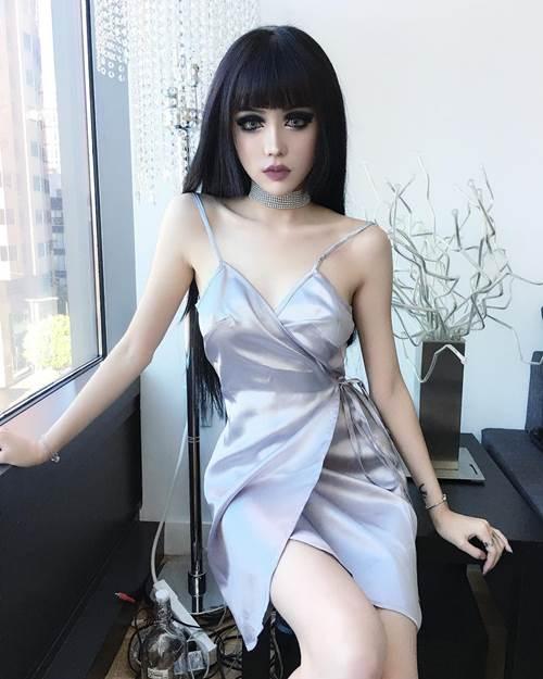 """Phát sốt với """"búp bê sống"""" xinh đẹp nhất Trung Quốc - 7"""
