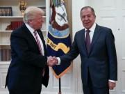 Thế giới - Nhà Trắng tức giận vì Nga đăng ảnh Ngoại trưởng bắt tay Trump