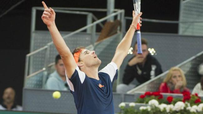 Madrid Open ngày 6: Thiem vào chung kết, tái đấu Nadal - 1