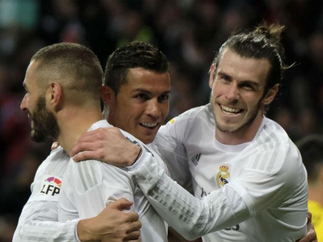 """Ronaldo """"hóa rồng"""": 400 bàn, 2 kỷ lục & 4 trận """"chung kết"""" - 3"""
