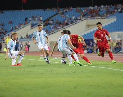 Chi tiết U22 Việt Nam - U20 Argentina: Pha cứu bóng may mắn (KT) - 4