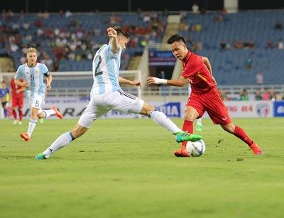 Chi tiết U22 Việt Nam - U20 Argentina: Pha cứu bóng may mắn (KT) - 6