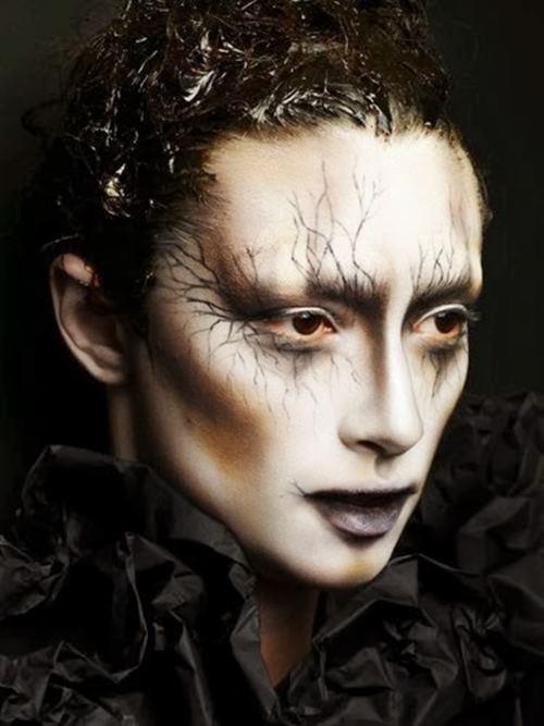 """Rùng mình với những kiểu make up """"doạ ma"""" trên thế giới - 2"""