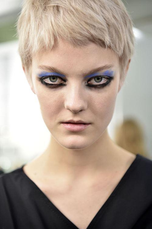 """Rùng mình với những kiểu make up """"doạ ma"""" trên thế giới - 8"""