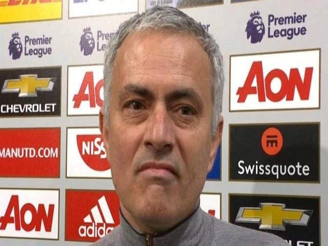 """MU - Mourinho """"kết thúc"""" mùa giải: Ăn ba, hoặc đại thảm họa - 4"""