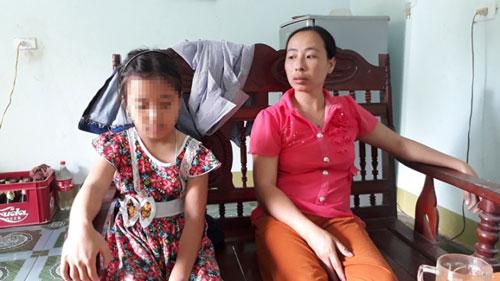 Bé gái kể lại lúc bị kẻ lạ tiêm thuốc, suýt bị bắt cóc - 1