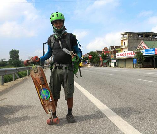 Phượt thủ xuyên Việt bằng ván trượt đặt chân tới xứ Nghệ - 2