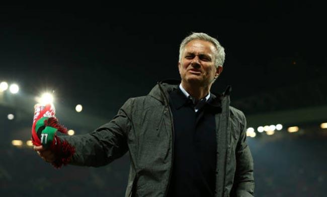"""MU - Mourinho """"kết thúc"""" mùa giải: Ăn ba, hoặc đại thảm họa - 3"""