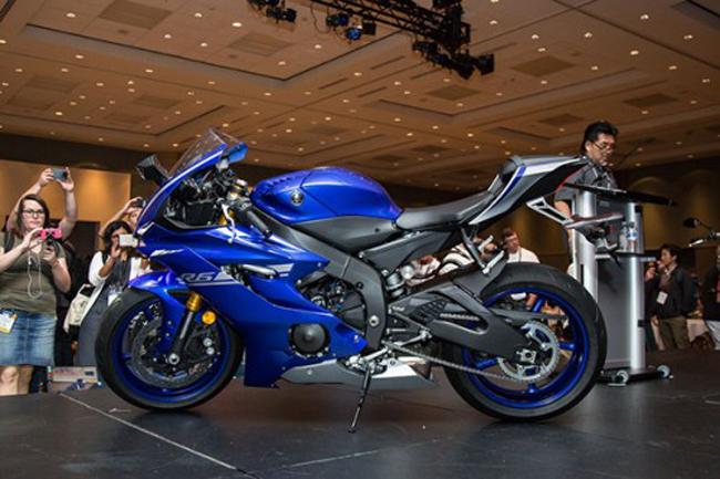 Xe cung cấp hiệu suất khí động học được cải tiến thêm 8%, trở thành môtô có hiệu suất khí động học tốt nhất từ Yamaha hiện nay.