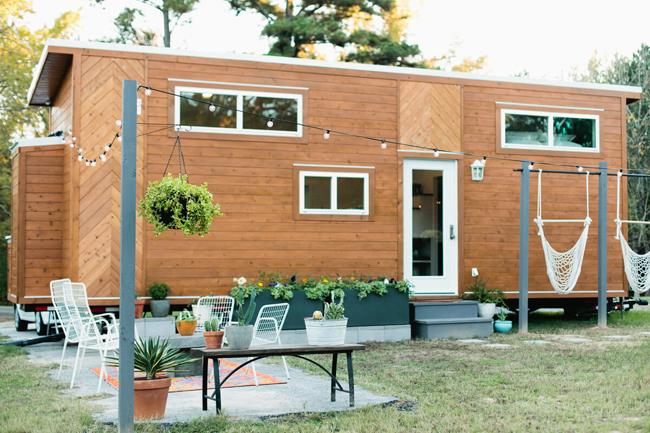 Đây là ngôi nhà nhỏ của nhiếp ảnh gia Kelly Christine Sutton và chồng cô, anh Canaan, tọa lạc tại Longview, Texas, Mỹ.