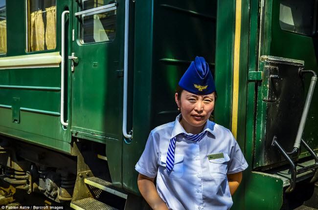 """Trải nghiệm có """"một không hai"""" trên chuyến tàu chạy xuyên Mông Cổ - 11"""