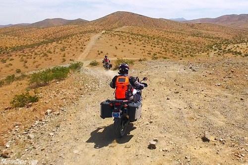 Lựa chọn KTM 1090 Adventure R hay Honda CRF1000L Africa Twin? - 4