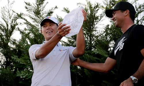 Golf 24/7: Soái ca đoạt 45 tỷ đồng, rạng danh châu Á - 1