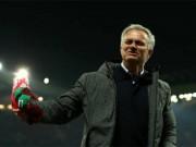 """Bóng đá - MU - Mourinho """"kết thúc"""" mùa giải: Ăn ba, hoặc đại thảm họa"""