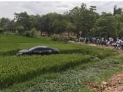 Ô tô mất lái tông 3 học sinh đi xe đạp điện tử vong