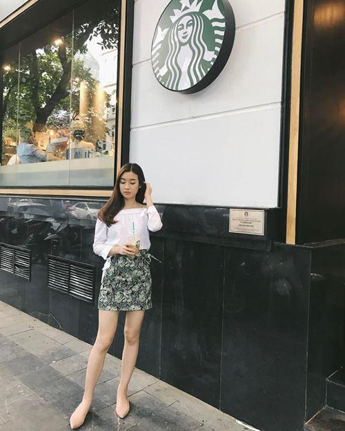 Angela Phương Trinh, Midu diện váy ngắn khoe chân dài thon nuột - 5