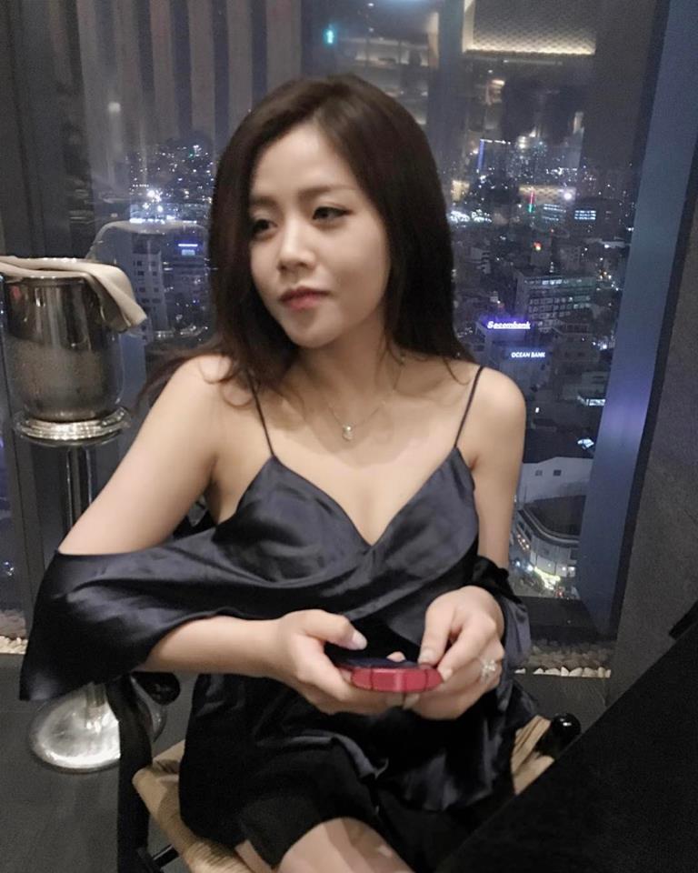 """""""Em chồng"""" Đông Nhi lọt top 3 ái nữ nhà tài phiệt nổi tiếng nhất Vbiz - 8"""