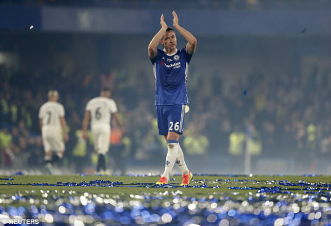 """Chelsea: Terry """"nổ súng"""" trận áp chót, Conte ngăn giải nghệ - 1"""