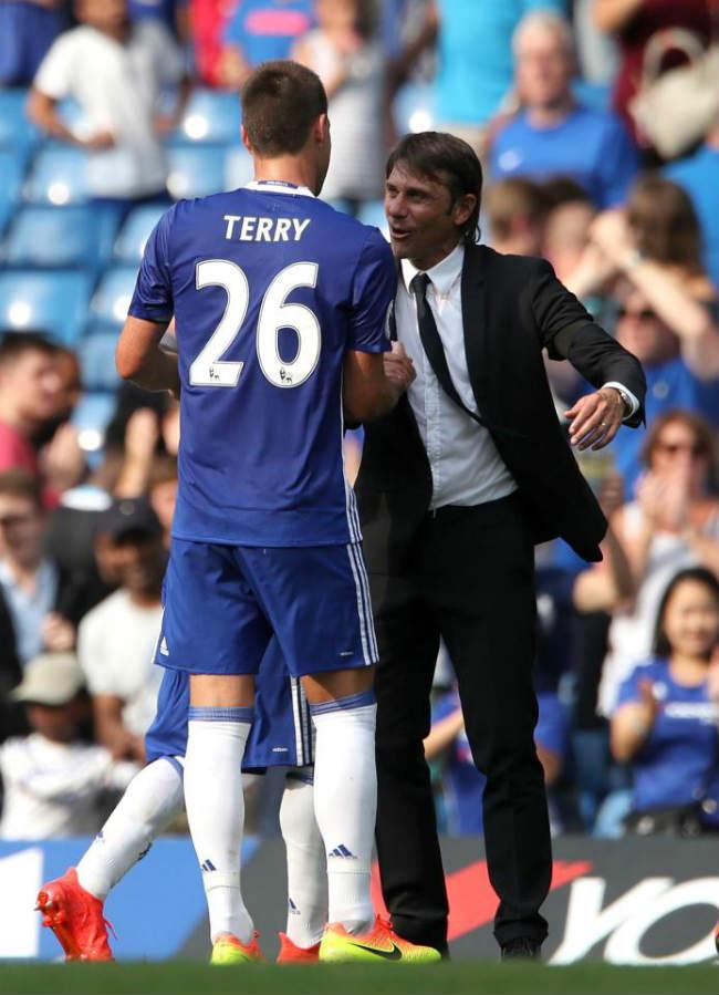 """Chelsea: Terry """"nổ súng"""" trận áp chót, Conte ngăn giải nghệ - 4"""