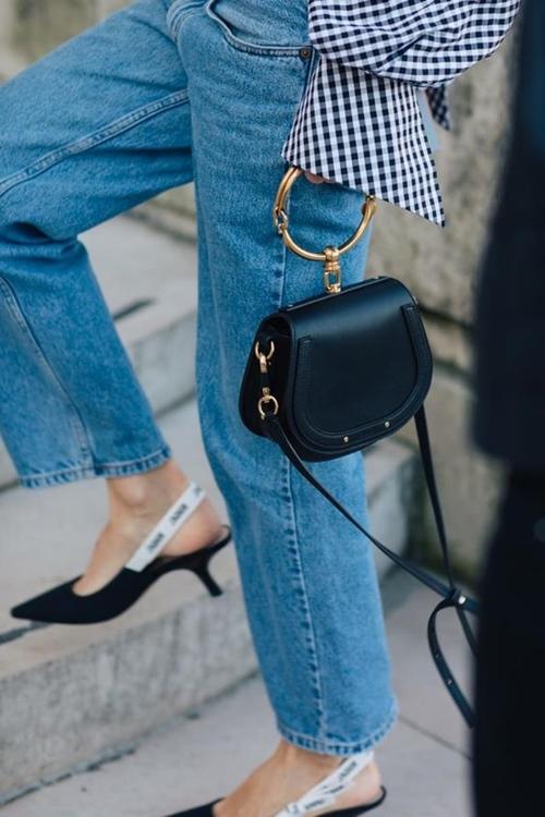 Gigi Hadid gợi ý mẫu túi xách hot nhất 2017 - 3