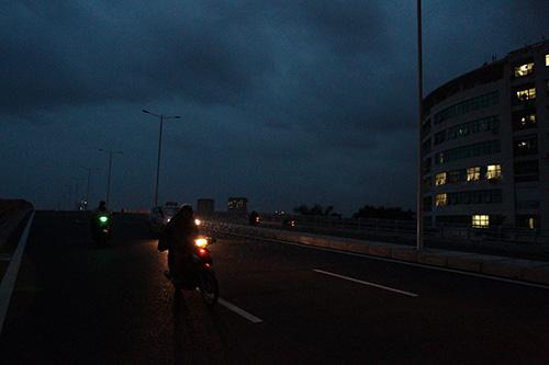 Mò mẫm trên con đường nghìn tỉ tối tăm giữa Thủ đô - 10