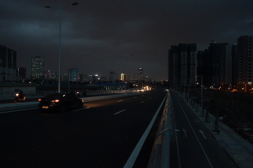 Mò mẫm trên con đường nghìn tỉ tối tăm giữa Thủ đô - 5