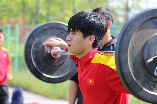 """U20 VN: Chuyên gia Đức tung """"tuyệt chiêu"""" đấu dàn sao 300 tỷ đồng - 7"""