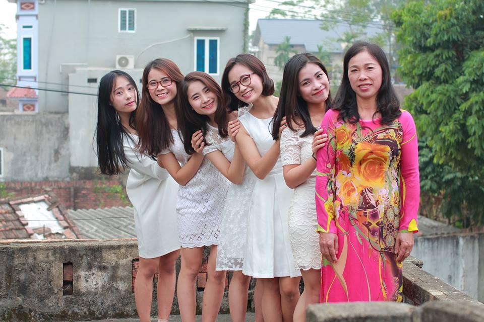 """Gia đình có 5 hot girl xinh đẹp thiếu vắng cha từ bé gây """"sốt mạng"""" - 15"""