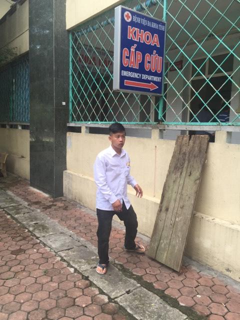 Sự thật bất ngờ vụ taxi mở bung 2 cửa chạy trên đường ở Thanh Hóa - 3