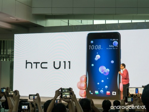 HTC U 11 ra mắt, dùng chip Snapdragon 835, giá 18,7 triệu đồng - 2