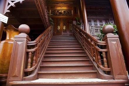 Cận cảnh ngôi nhà gỗ lim có giá 200 tỷ của đại gia Điện Biên - 6
