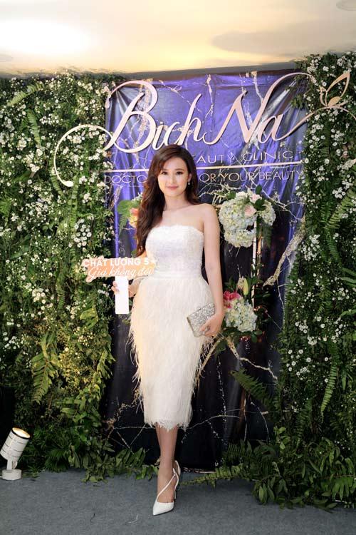 BichNa Beauty Clinic khai trương cơ sở đẳng cấp hội tụ sao Việt và doanh nhân - 3
